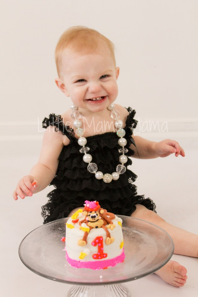 Baby Jo with 1-year smash cake