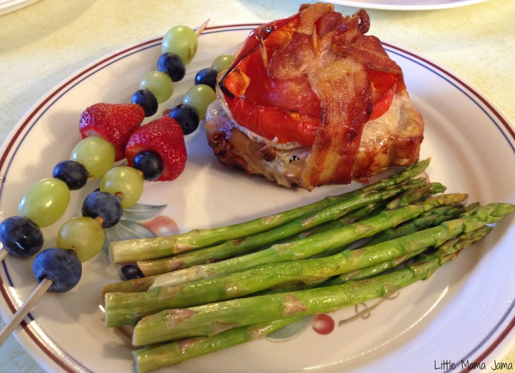 Grilled Father's Day dinner with bacon-wrapped pork tenderloin #MyPicknSave #shop