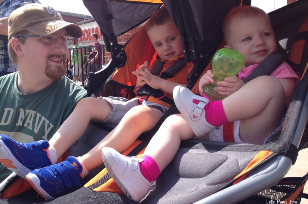 Hubster with the kids in the stroller #MyPicknSave #shop