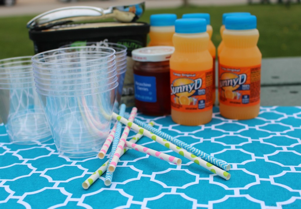 Make SunnyD Floats for a refreshing treat #WhereFunBegins #ad