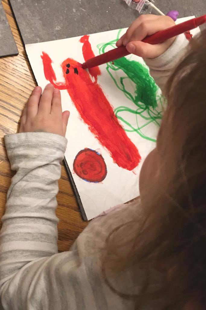 Jo draws a lobster