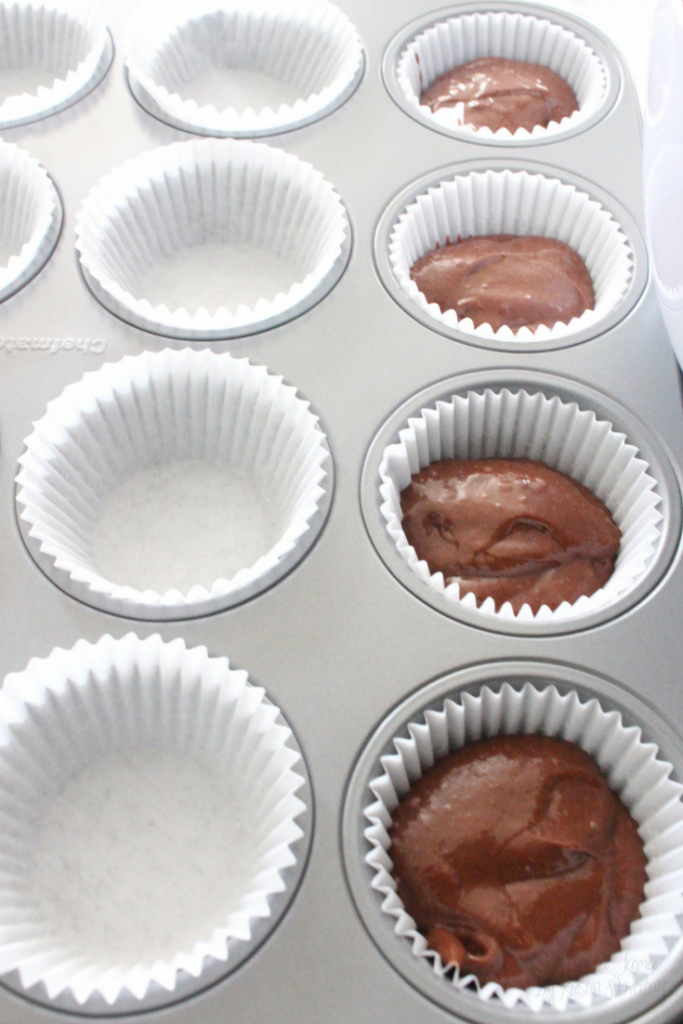 These Mint Mocha Cupcakes are refreshing and easy to make!