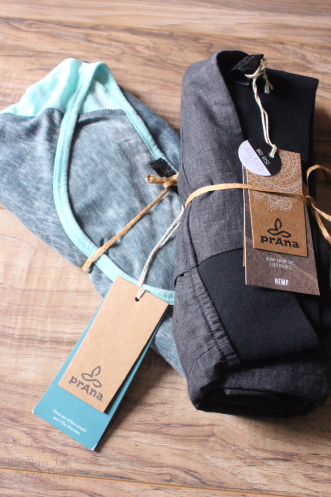 prAna clothing moves with you from work to play #iblog4prAna #ad