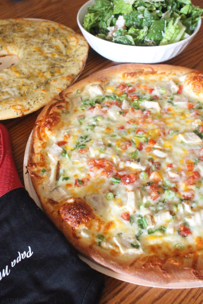 Busy weeknight meals are made easy with Papa Murphy's $10 Tuesday deal! #DealsAt425 #ad