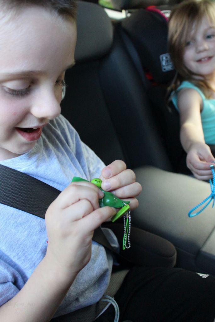 These 7 must-have fidgets for a family road trip will keep your kids busy in the car! [ad]
