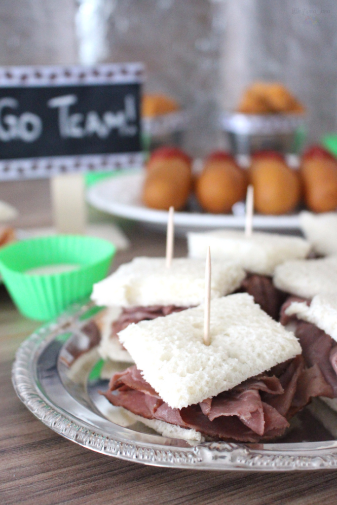 Get game day ready with Tyson from Walmart! Create sandwiches they can grab and go with Hillshire Farms meats. #TysonWinningLineup #ad
